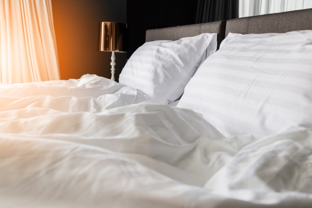 Cotton sheets, bed, bedroom keep your bedroom cool