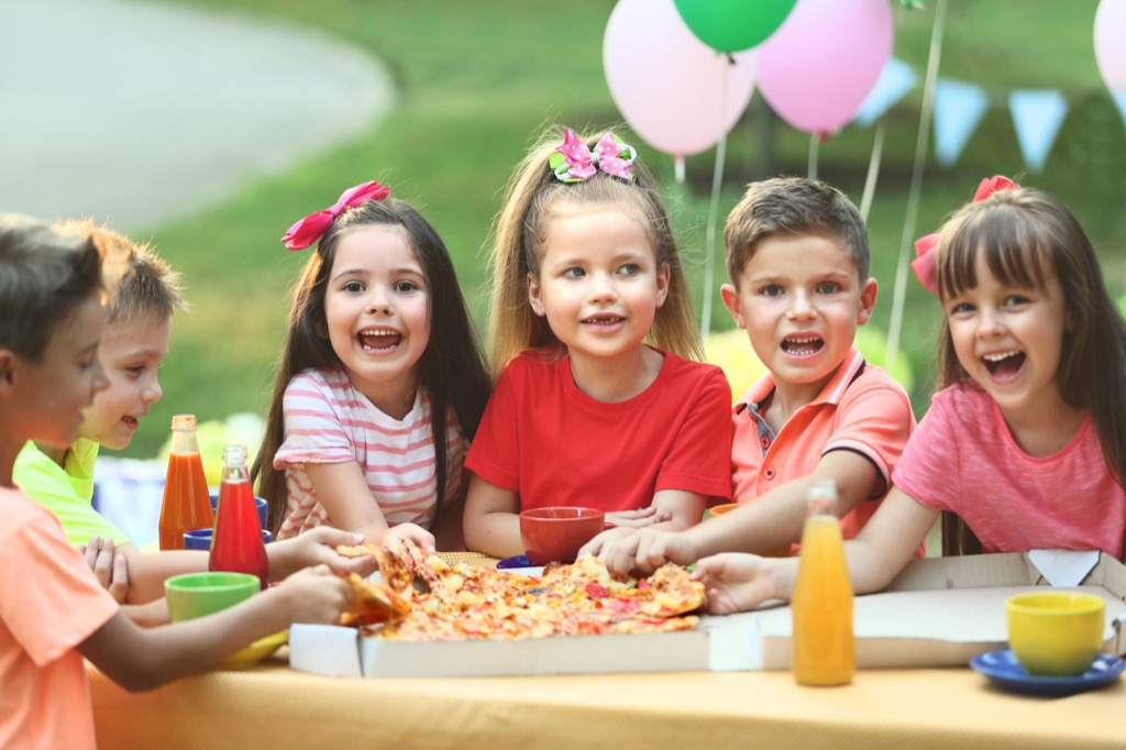 kids at a pizza party