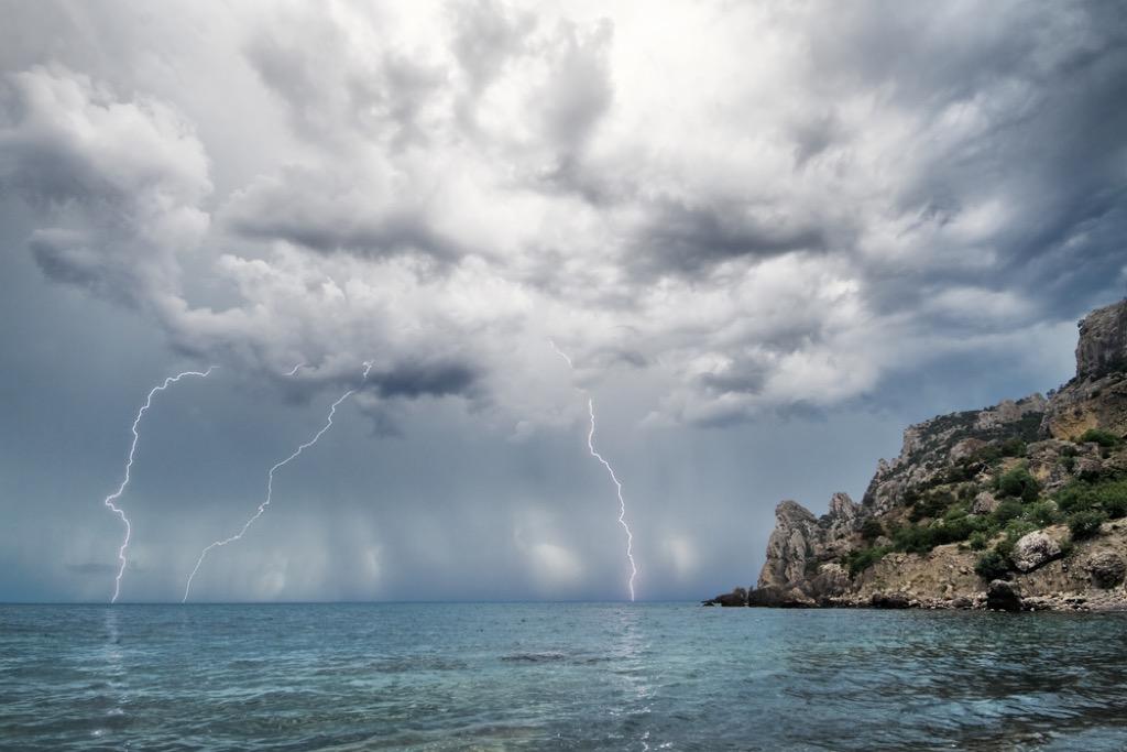 lightning terrifying ocean facts