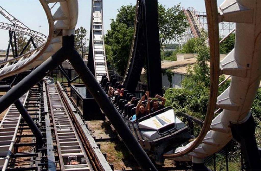 oklahoma craziest amusement park rides