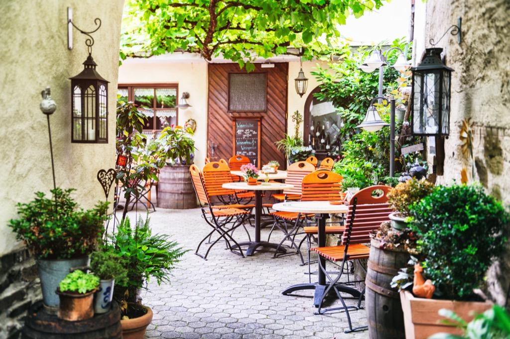 outdoor tables summer