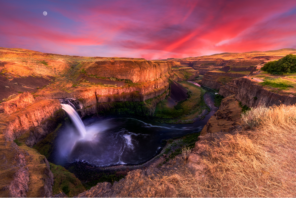 Palouse Falls, Idaho Magical Destinations