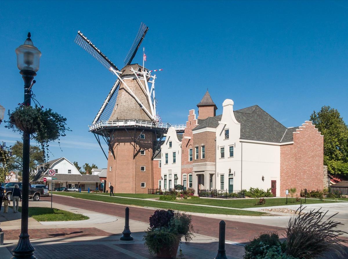 windmill pella iowa