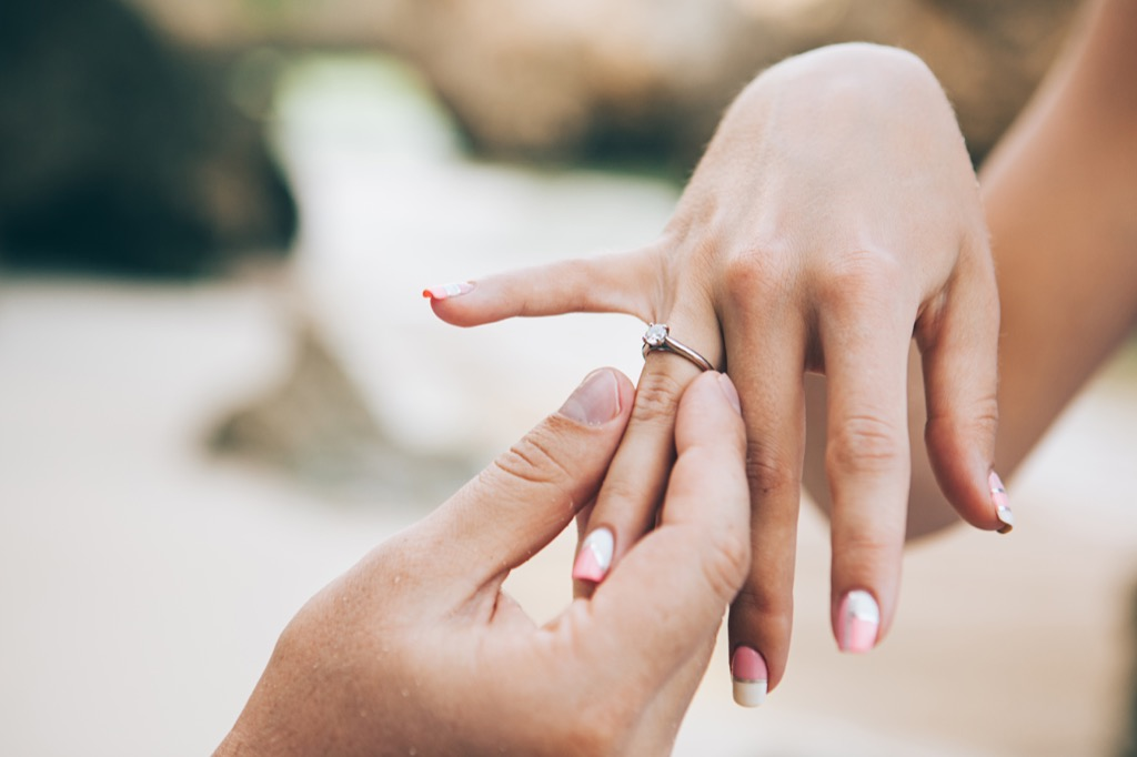 hands proposing with ring corny jokes