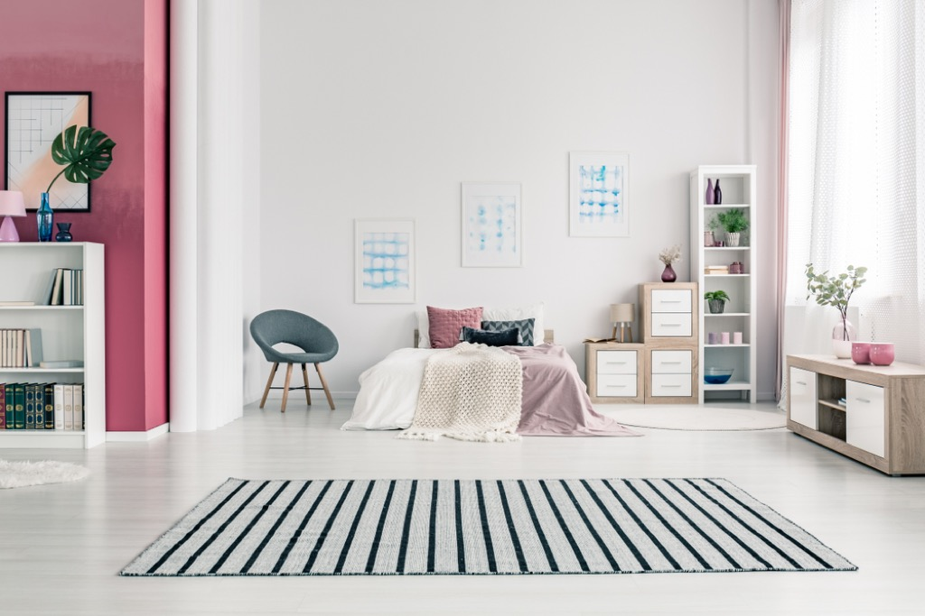 stripes small space decorating tips
