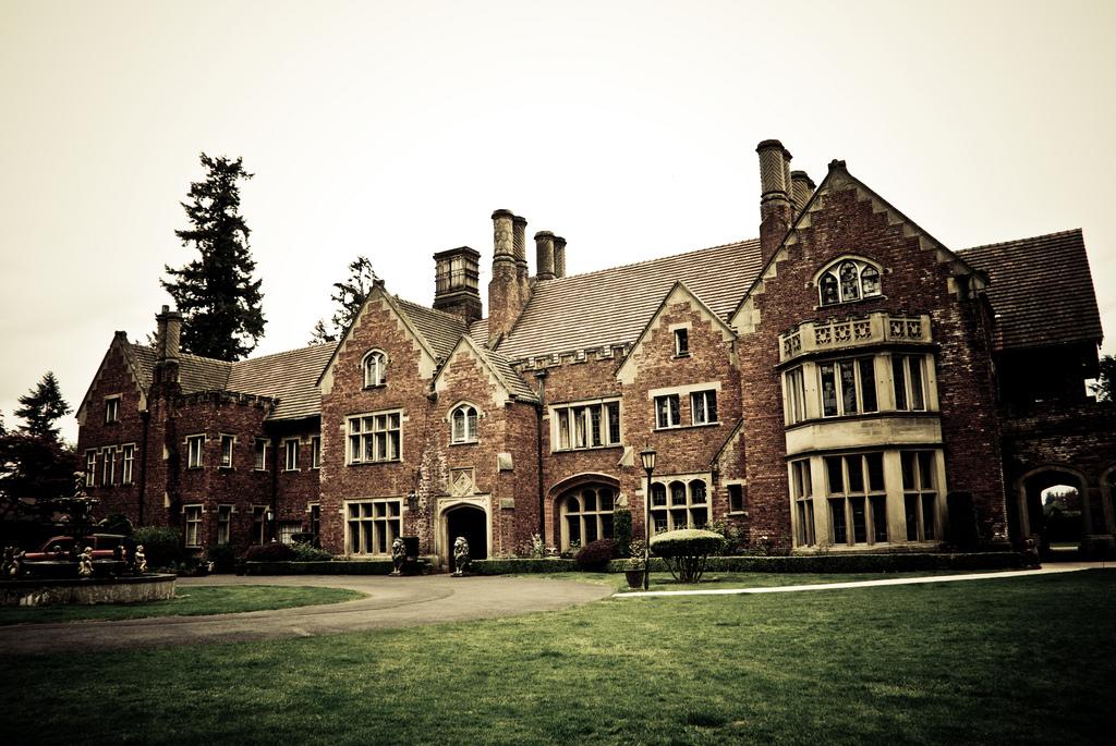 Thornewood Castle Castles