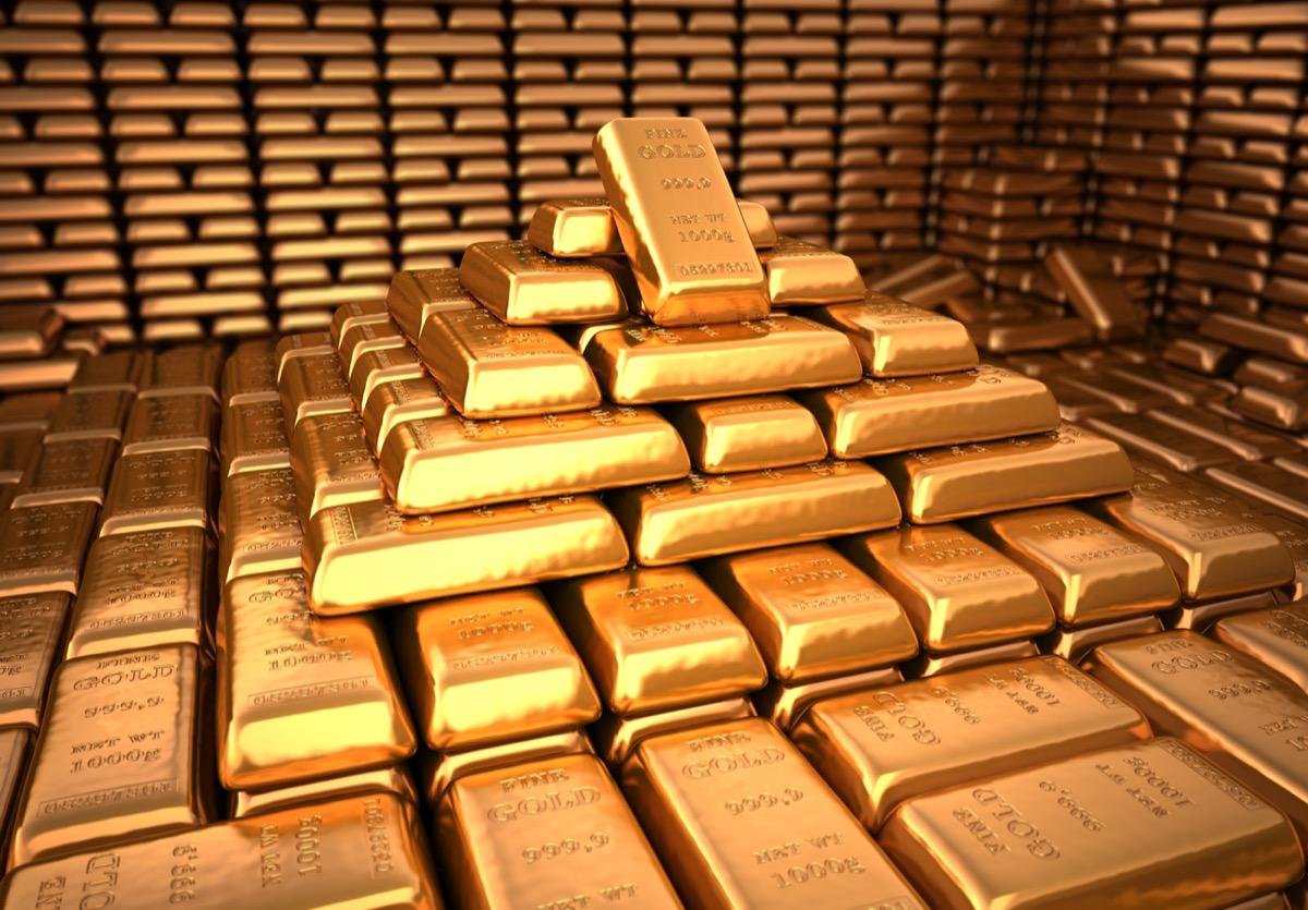 vault full of gold bars, astonishing facts