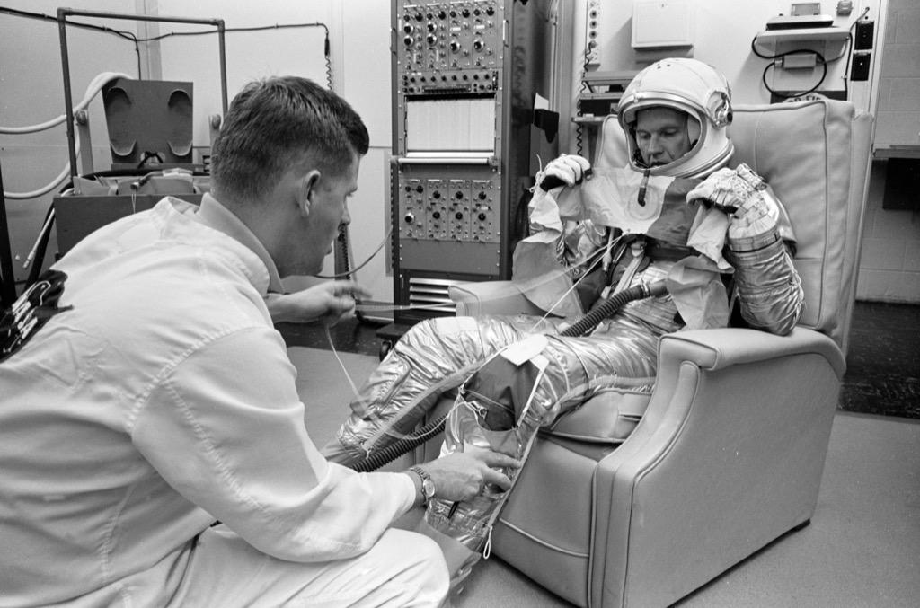 astronaut leg