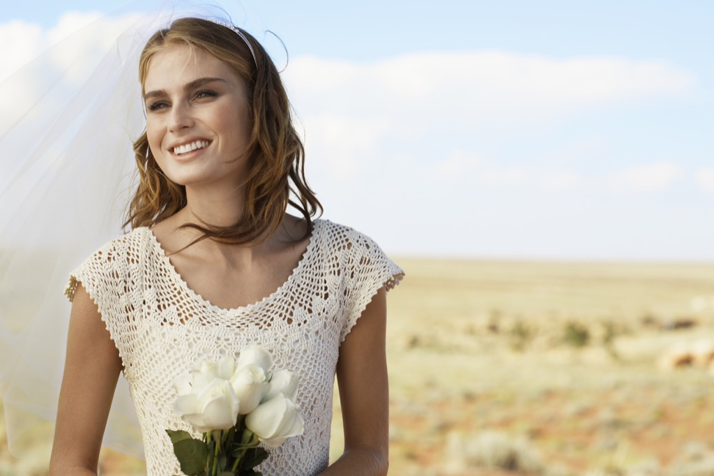 arizona bride in desert this is the age most people get married in every US state