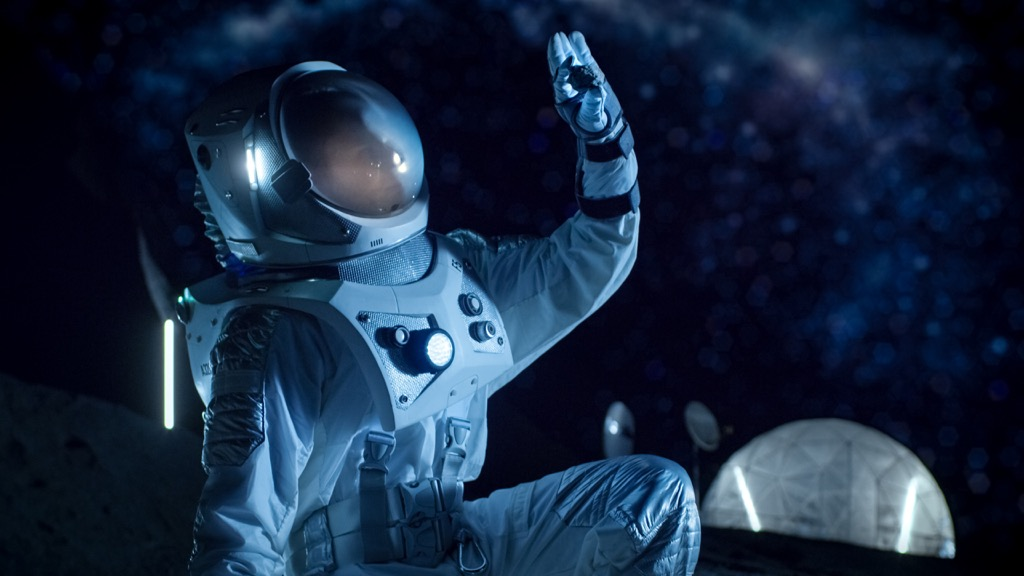astronaut in space 27 Insane Things Astronauts Have to Do