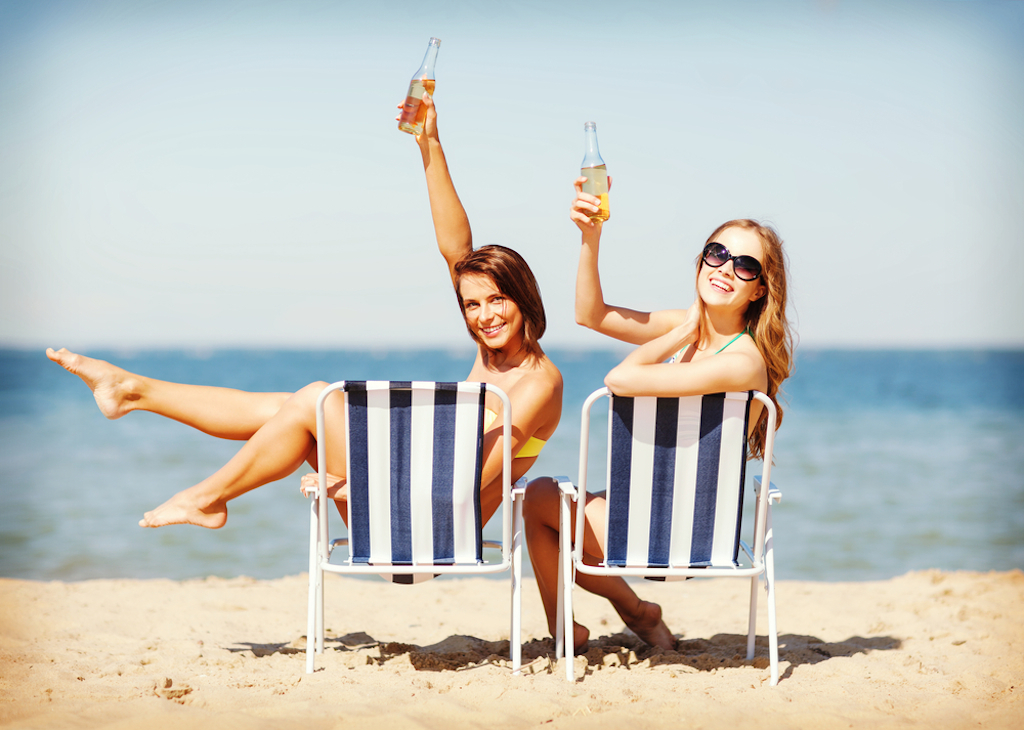 beach drinking, alcohol on beach