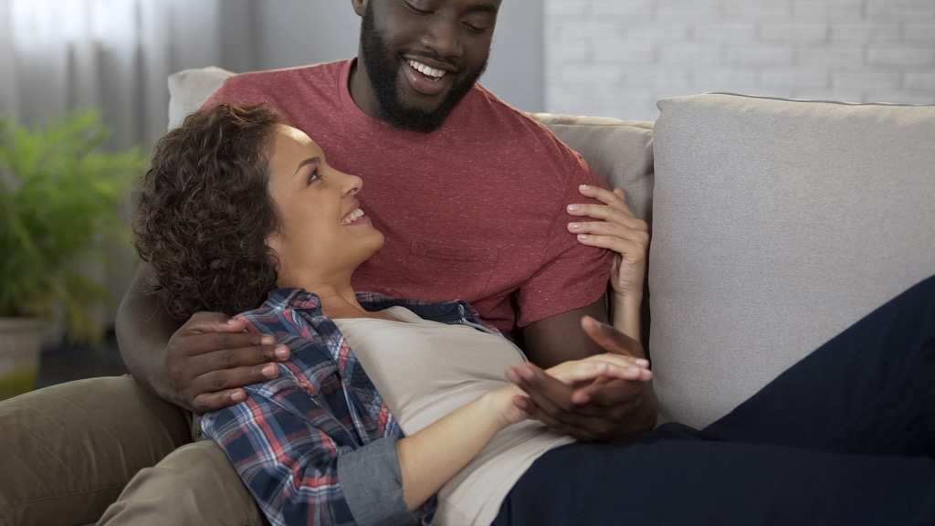 couple laughing together crazy health benefits of laughter