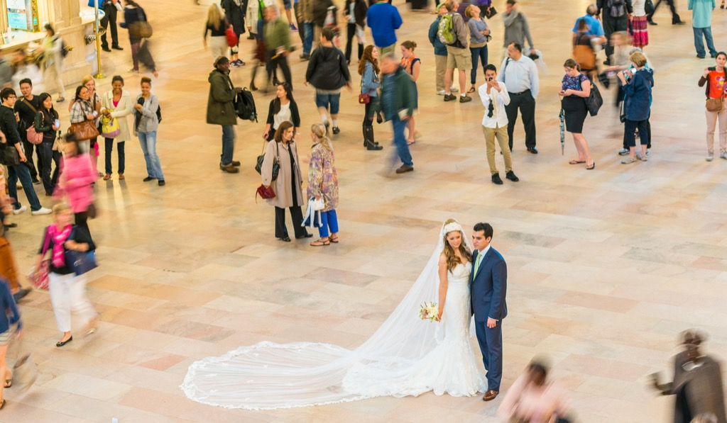 bride and groom in grand central station this is the age most people get married in every US state