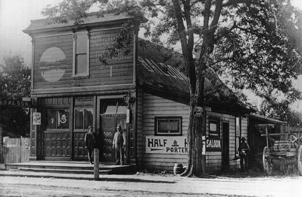 oregon saloon the biggest folk hero in every state