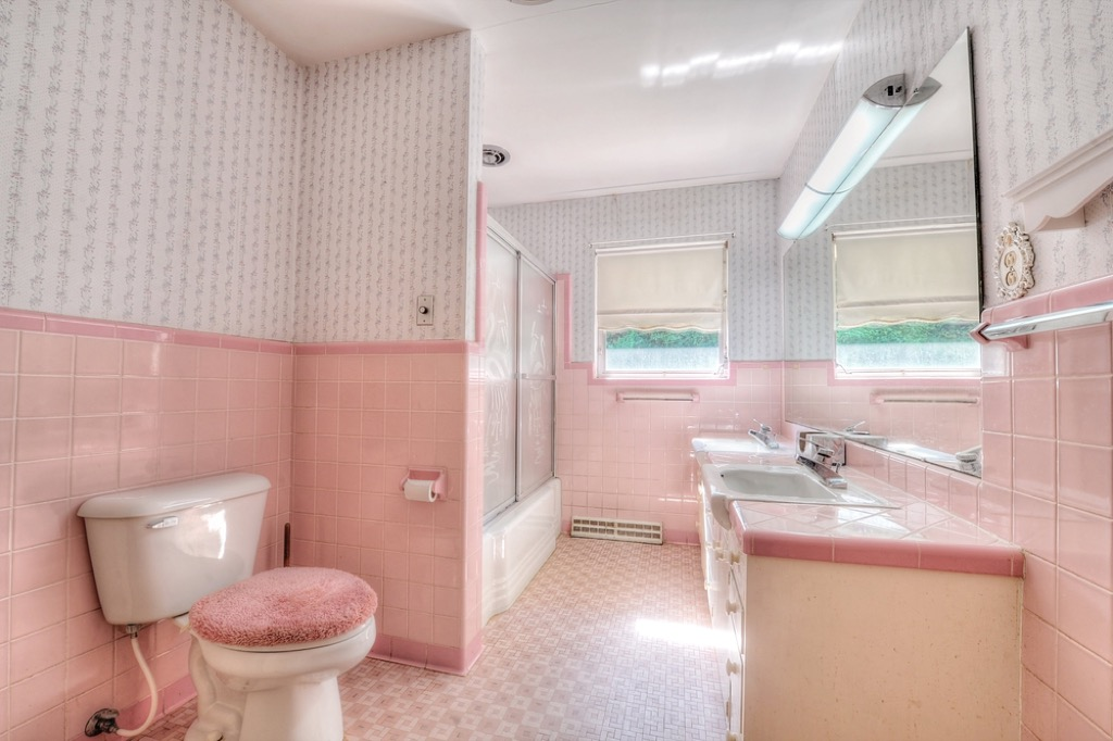 pastel bathroom outdated home design