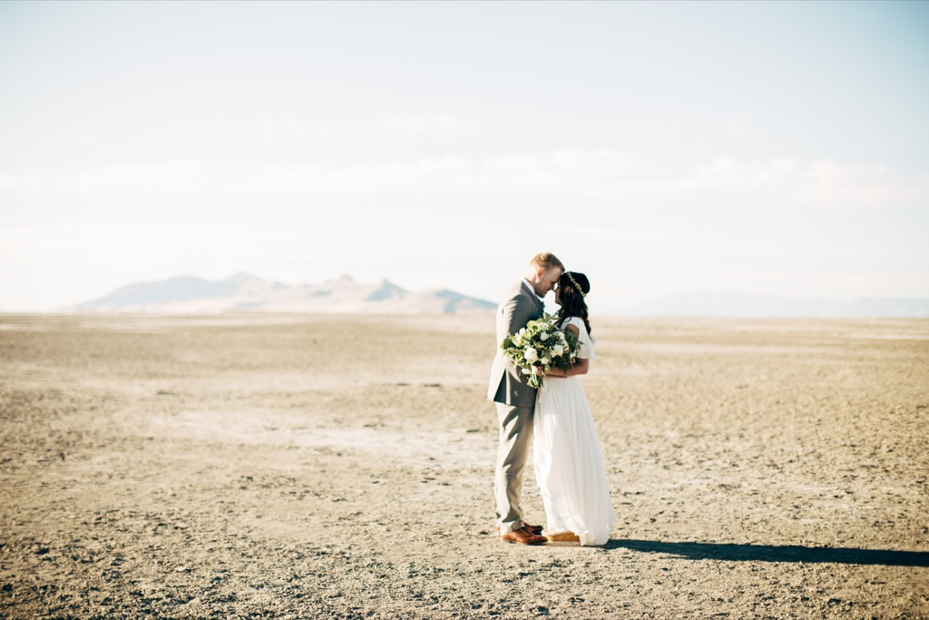 utah desert wedding this is the age most people get married in every US state