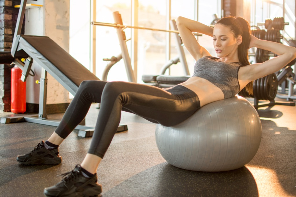 exercise crunches over 40 fitness