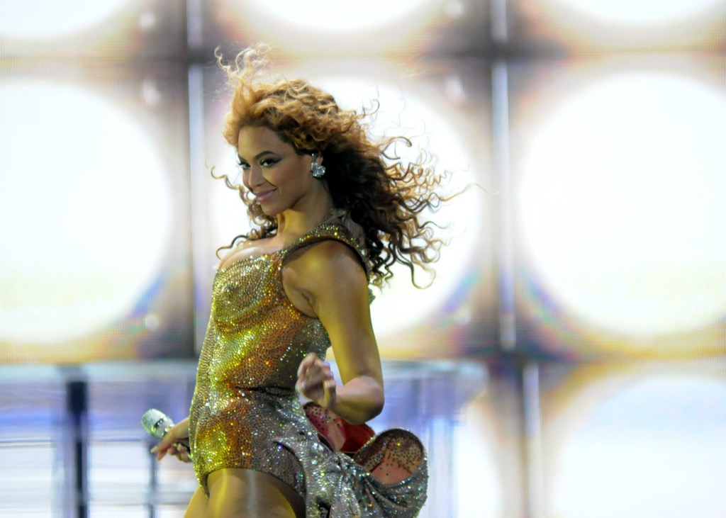 Beyonce timeless curly hair