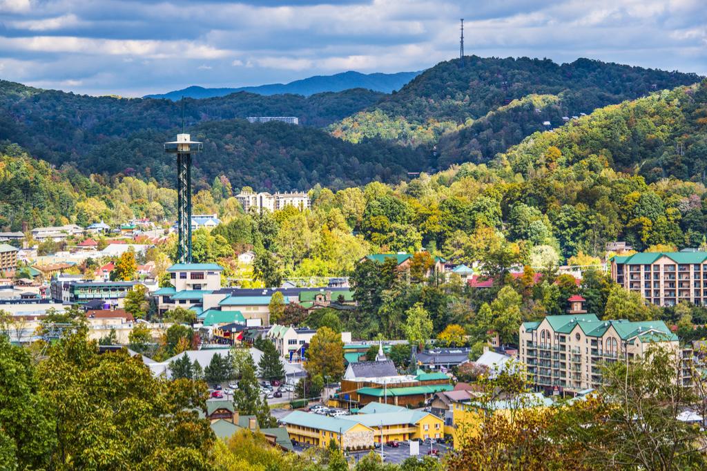 Gatlinburg Tennessee Tourist Traps That Locals Hate