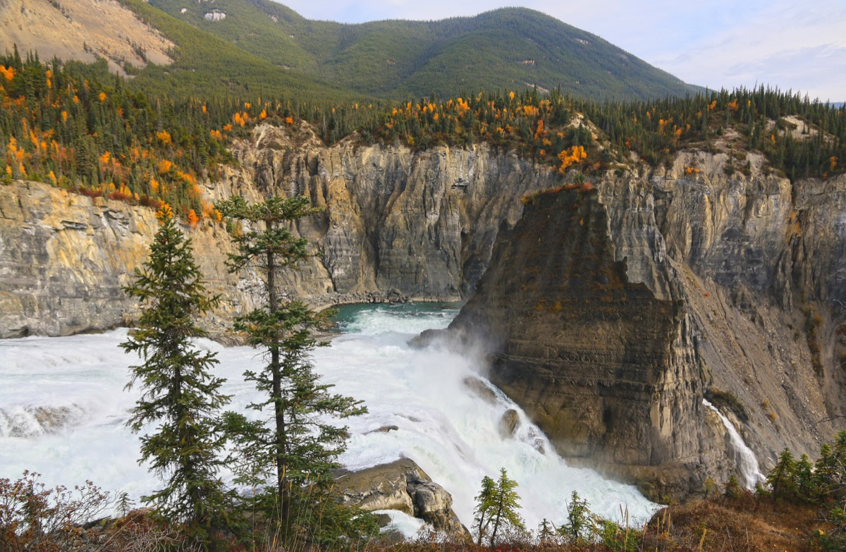 nahanni national park reserve in the northwest territories of canada, amazing facts