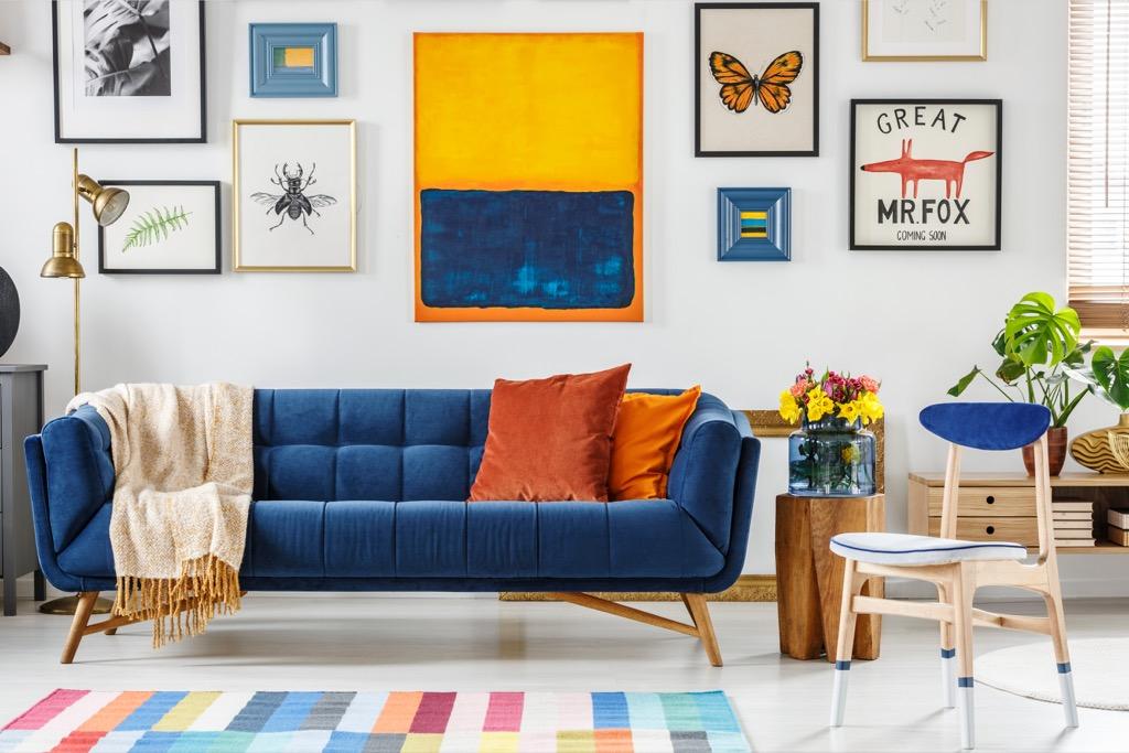 bold statement rug 20 amazing ways to brighten up your home