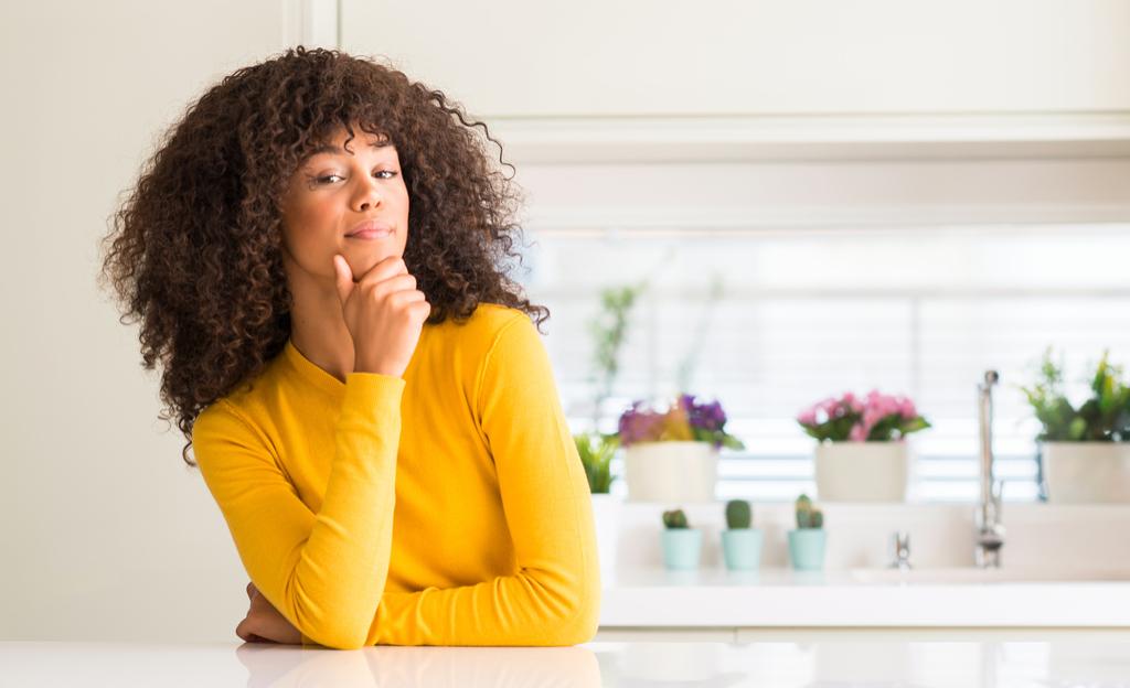 Woman Raising Her Chin Body Language That Kills First Impressions