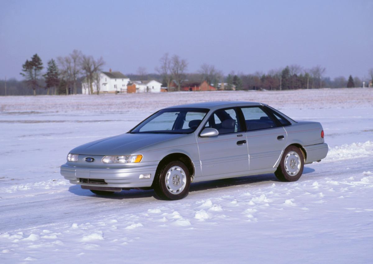 1992 Ford Taurus.