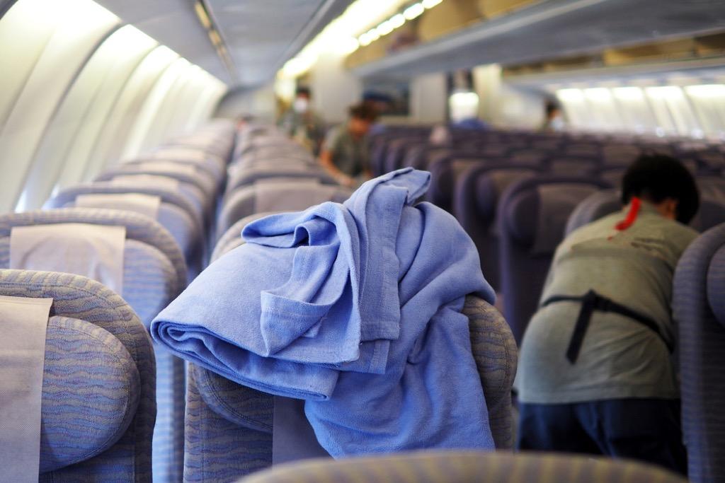 plane blanket flying facts
