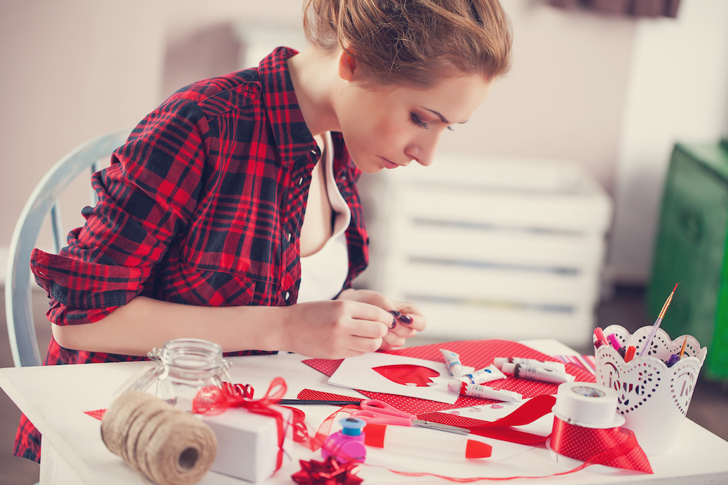 woman crafting diy