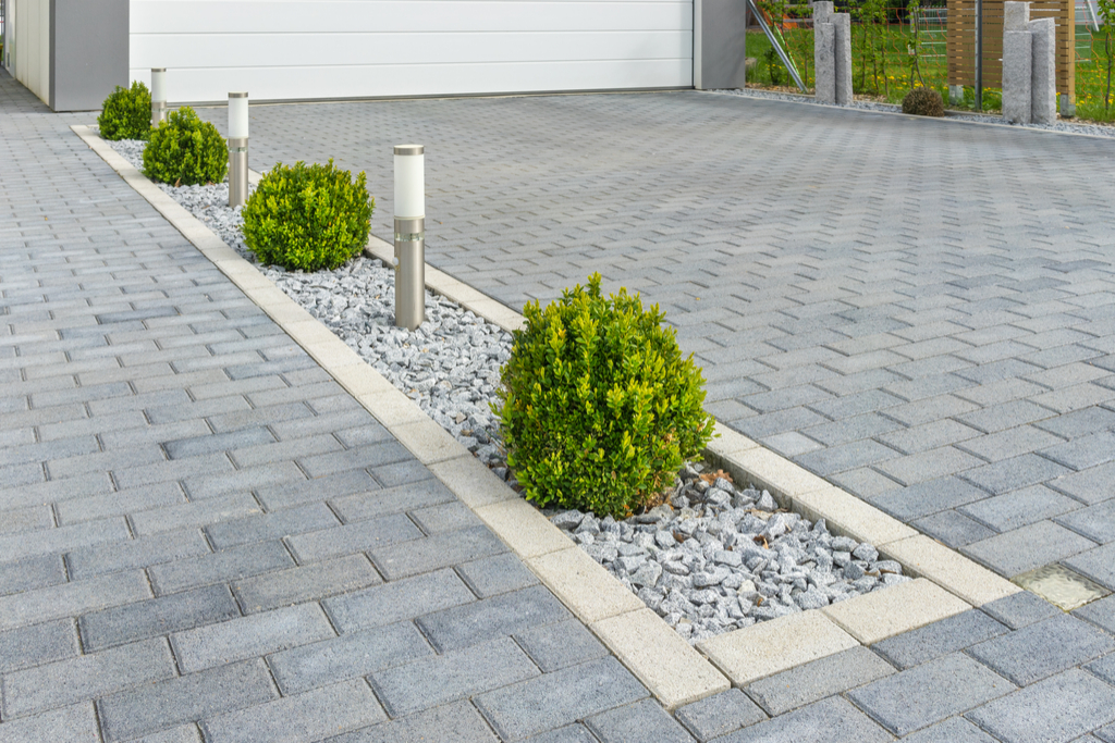 Driveway Border Boosting Your Home's Curb Appeal