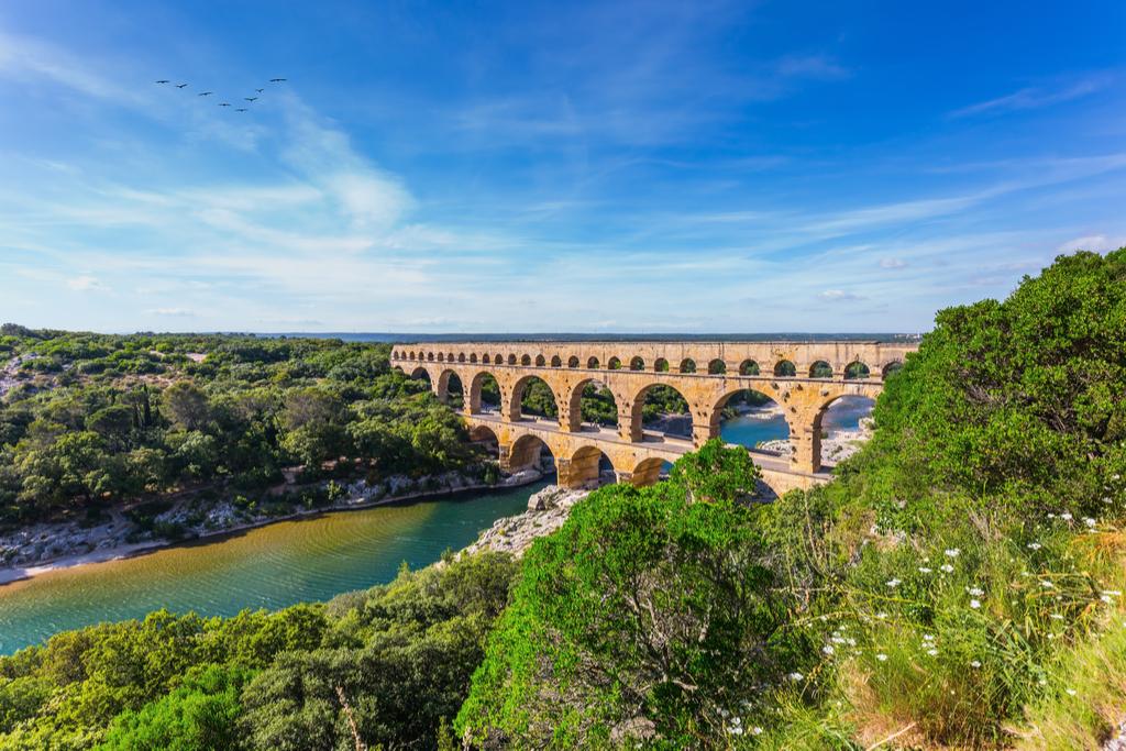 Pont du Gard France Trivial Pursuit Questions
