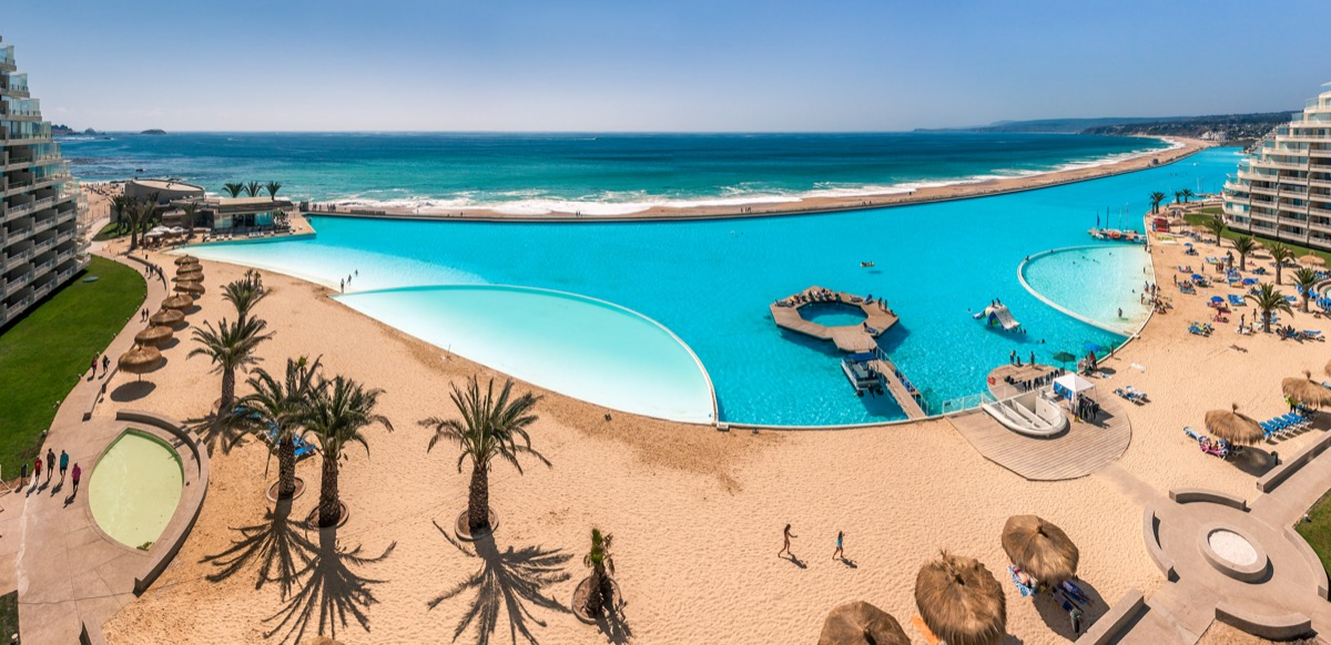 San Alfonso del Mar, Guinness World Record of the biggest swimming pool of the world