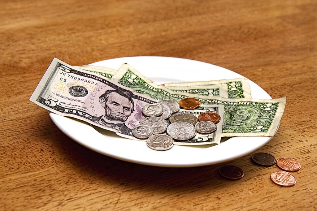 tip left at restaurant