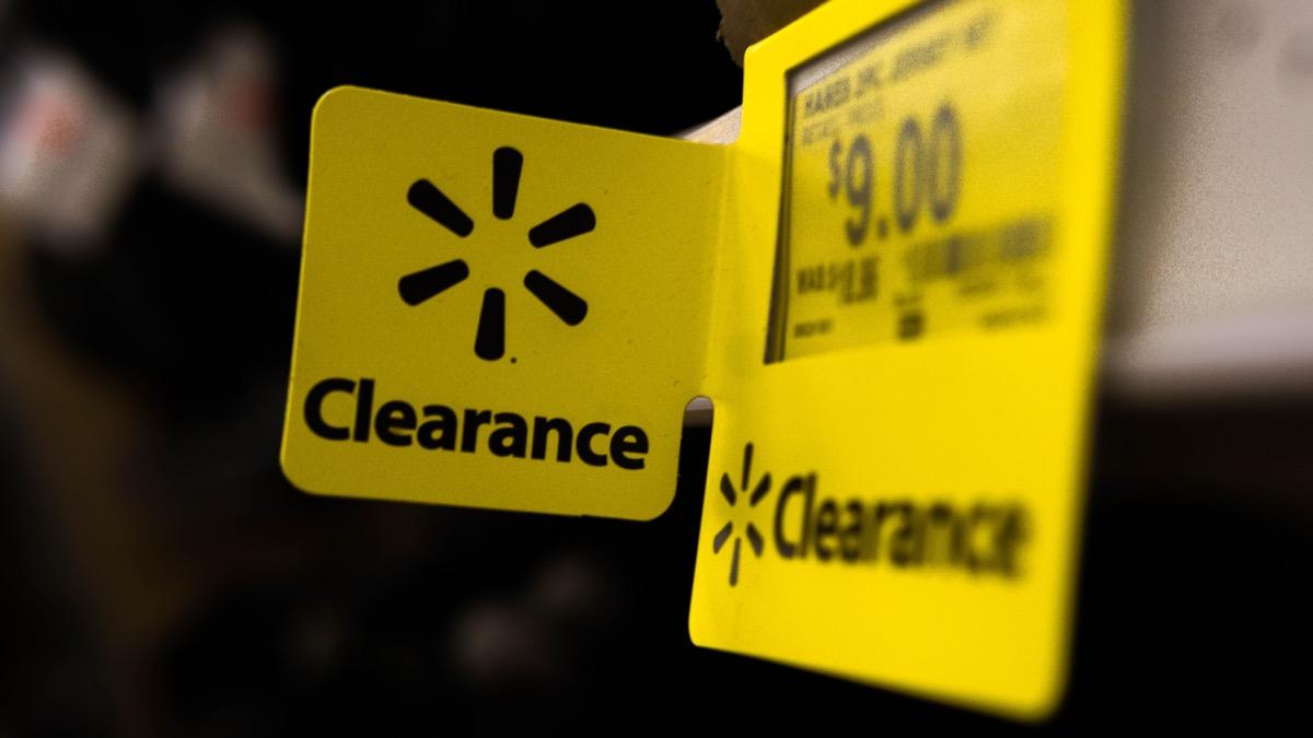 walmart clearance tag in the store, walmart employee secrets