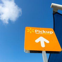 Walmart curbside pickup sign, walmart employee secrets