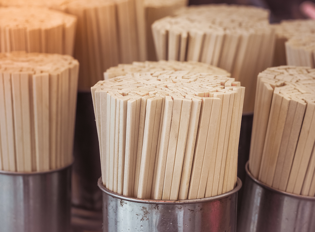 wooden chopsticks things to throw away