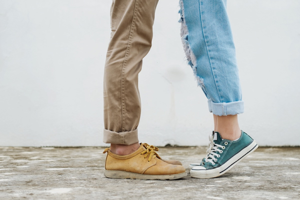 Couple On Tippy Toes Kissing {Body Language}