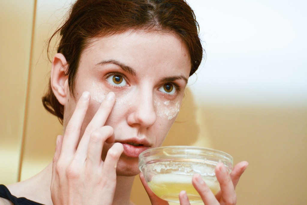 DIY Facial Mask Anti-Aging Tips You Should Forget