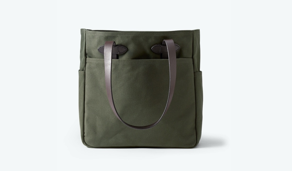 green canvas tote with leather straps