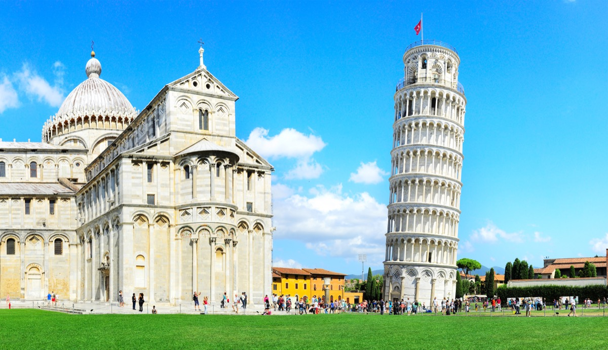 Leaning Tower of Pisa Tourist Traps
