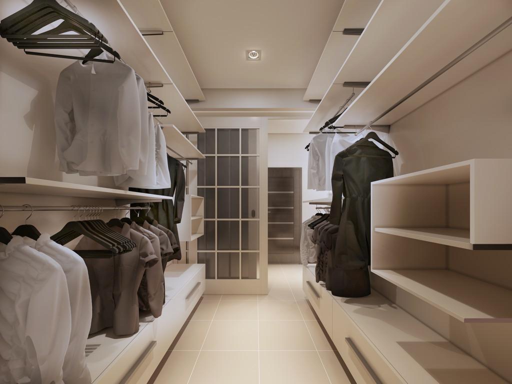 a high tech virtual closet
