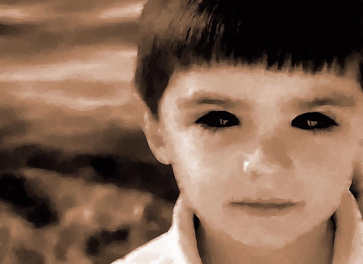 Black-Eyed Children {Scary Urban Legends}