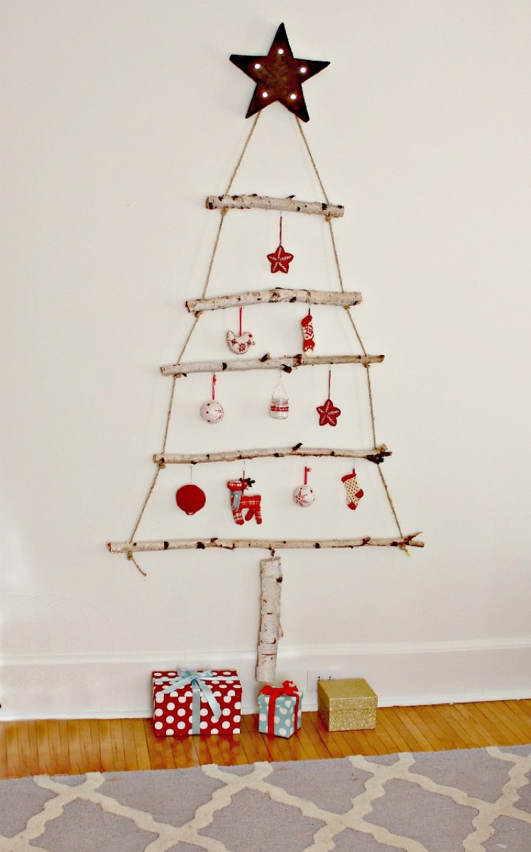 Birch Branch Christmas Tree {Christmas Tree Alternatives}