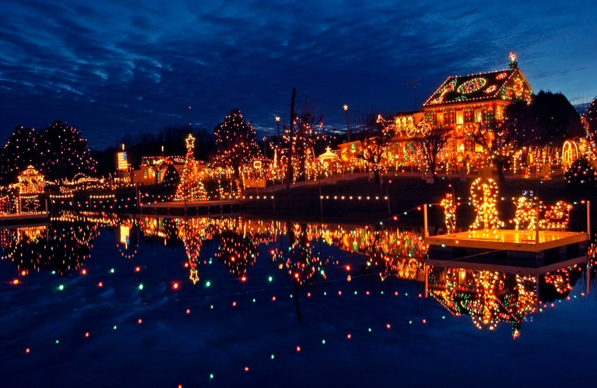 Bernsville, Pennsylvania Christmas towns in America
