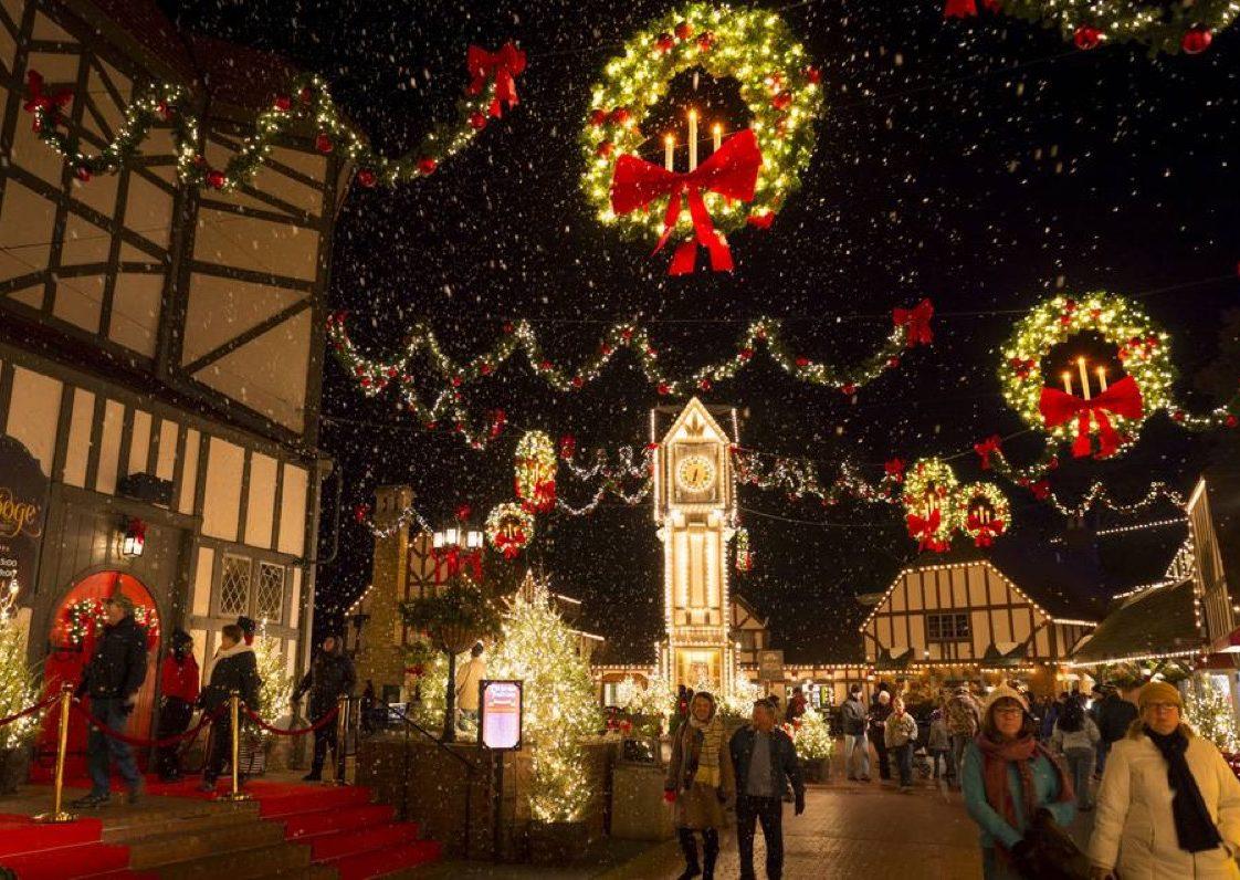 Williamsburg, Virginia Christmas towns in America