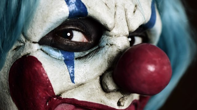 Creepy Clown {Scary Urban Legends}