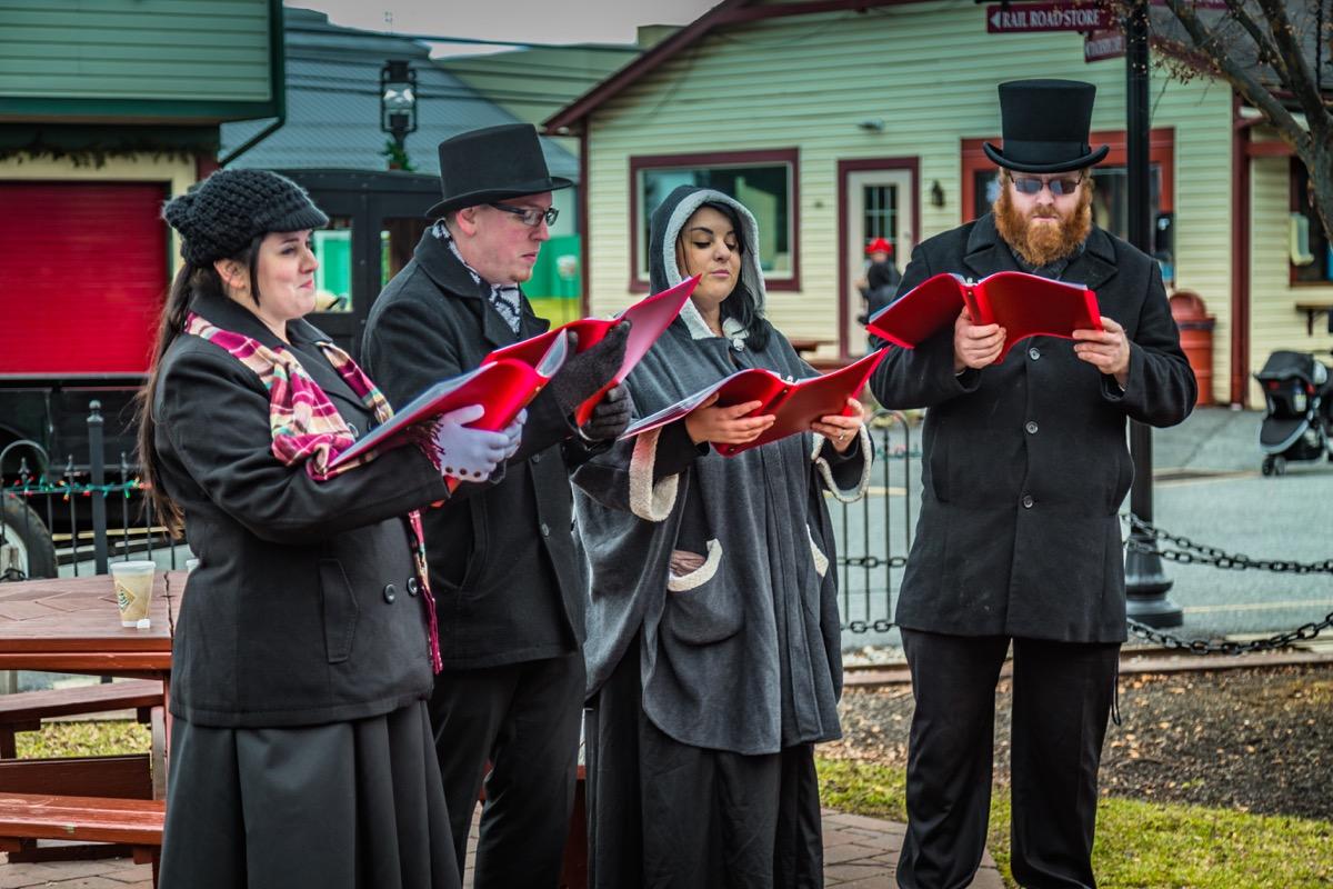 Lancaster, Pennsylvania Christmas towns in America