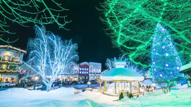 leavenworth washington christmas lights at night