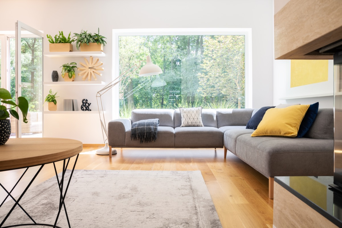 House with no clutter tricks to make your home festive