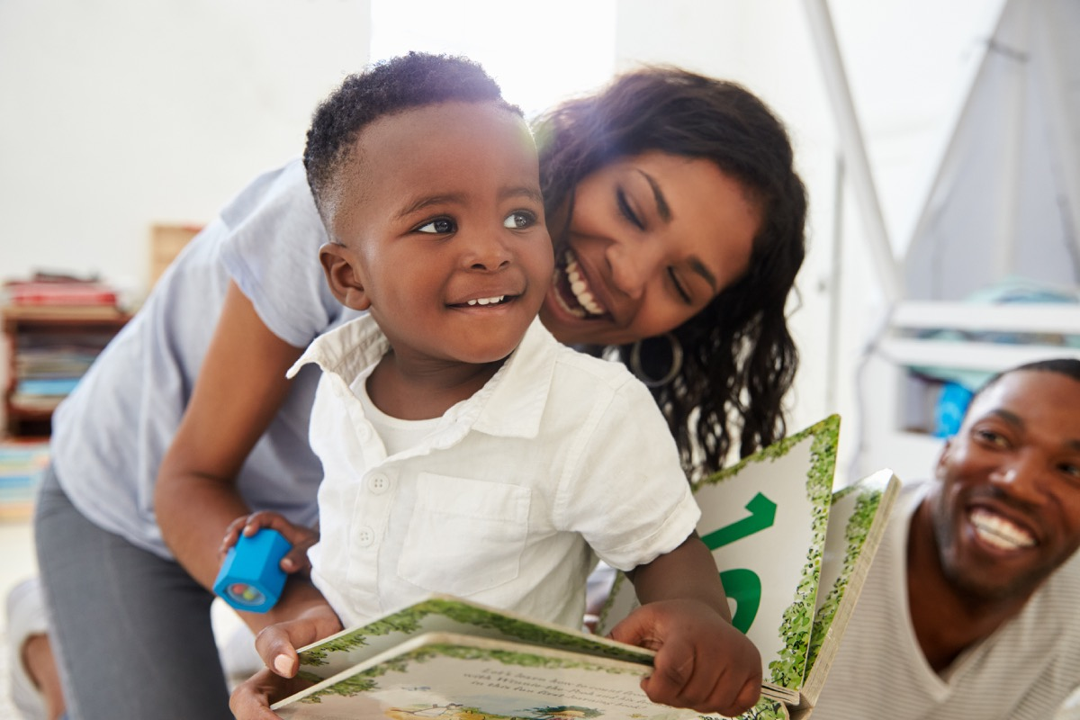 black mom and dad with young son, mistakes parents make